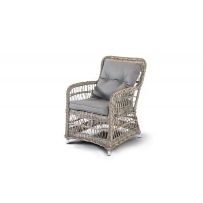 'Цесена', плетеный стул